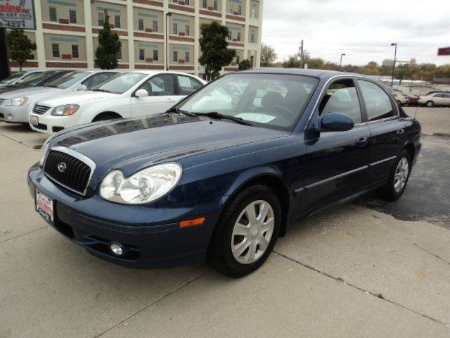 2005 hyundai sonata for sale in sheboygan wi. Black Bedroom Furniture Sets. Home Design Ideas