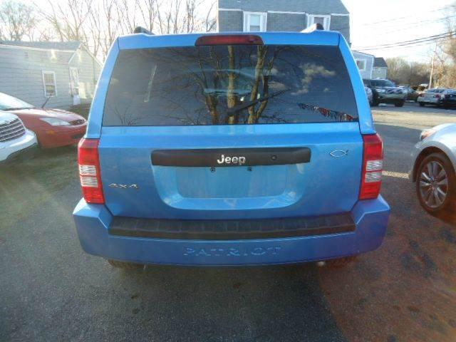 2008 Jeep Patriot 4x4 Sport 4dr SUV w/CJ1 Side Airbag Package - Swansea MA