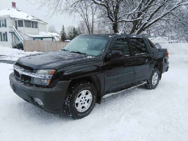 2003 chevrolet avalanche 1500 4dr crew cab the north face edition 4wd in hudson falls ny kls. Black Bedroom Furniture Sets. Home Design Ideas