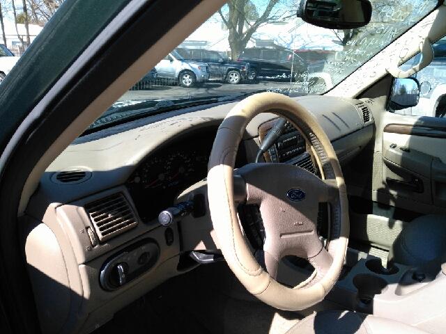 2004 Ford Explorer Eddie Bauer 4WD 4dr SUV - Hudson Falls NY
