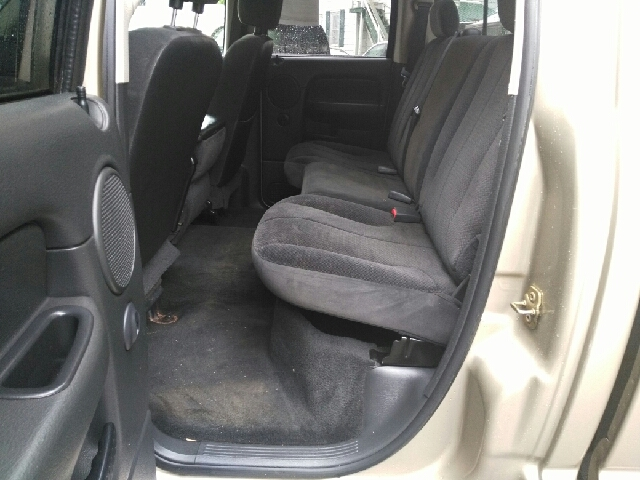 2005 Dodge Ram Pickup 2500 4dr Quad Cab SLT 4WD SB - Hudson Falls NY