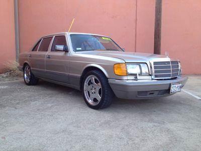 1991 Mercedes-Benz 560-Class