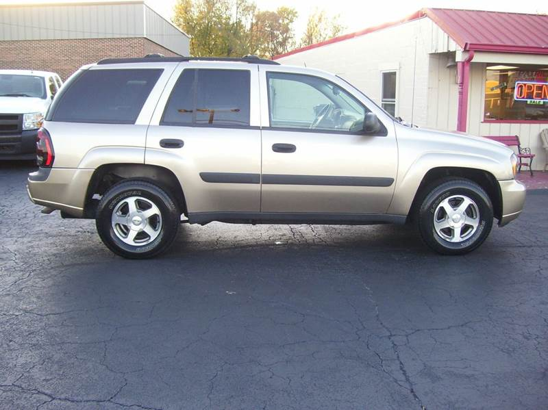 2005 Chevrolet TrailBlazer LS 4WD 4dr SUV - Whiteland IN