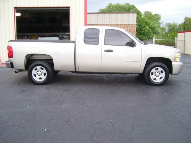 2009 Chevrolet Silverado 1500 4x2 Work Truck 4dr Extended Cab 6.5 ft. SB - Whiteland IN
