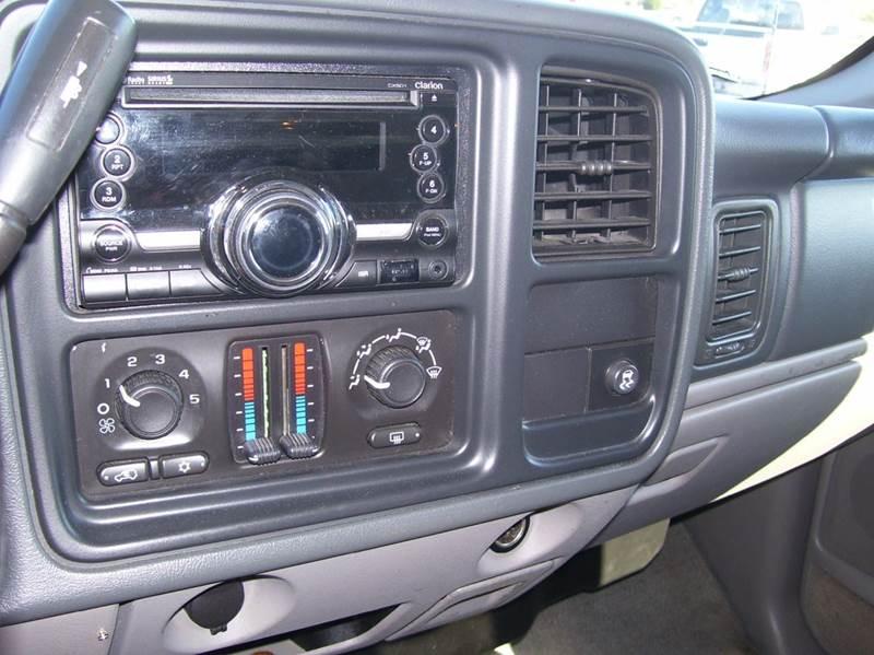 2005 Chevrolet Suburban 1500 LS 4dr SUV - Whiteland IN