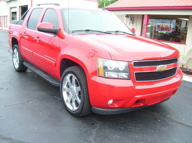 2009 Chevrolet Avalanche 4x2 LT 4dr Crew Cab Pickup - Whiteland IN