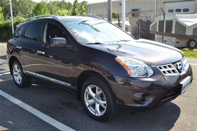 2011 NISSAN ROGUE AWD 4DR SV 4X4 SUV black amethyst value priced below market bluetooth back