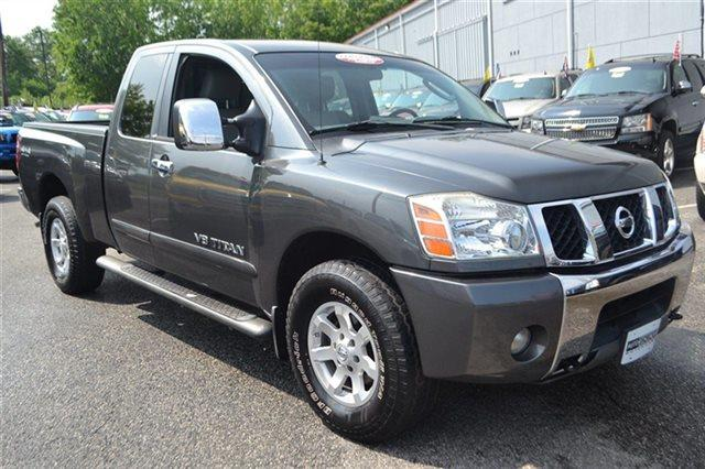 2005 NISSAN TITAN - 4X4 TRUCK radiant silver low miles this 2005 nissan titan le will sell fast
