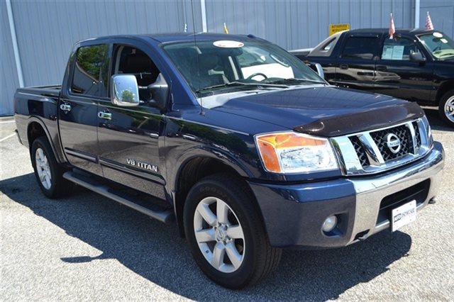 2011 NISSAN TITAN 4WD CREW CAB SWB SL navy blue carfax one owner - carfax guarantee this 2011