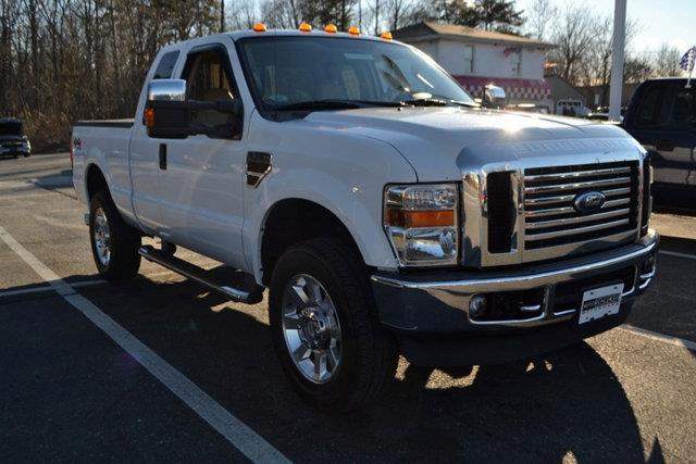 2008 FORD F-350 SUPER DUTY - white this 2008 ford super duty f-350 srw - features a 64l 8 cylind
