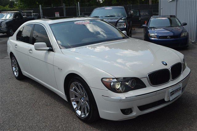 2006 BMW 7 SERIES 750I 4DR SEDAN alpine white low miles this 2006 bmw 7 series 750i sedan wil