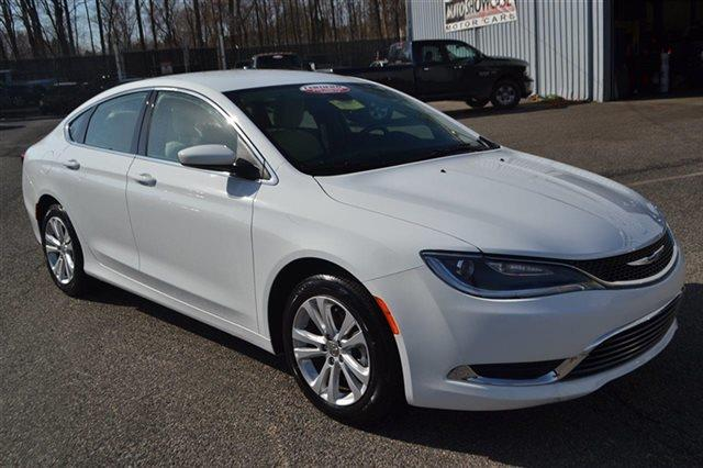 2015 CHRYSLER 200 LIMITED 4DR SEDAN bright white clearcoat value priced below market backup ca