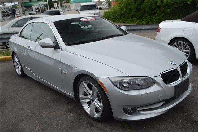 2011 BMW 3 SERIES 328I 2DR CONVERTIBLE SULEV titanium silver metallic low mi
