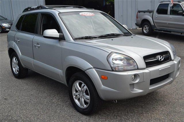 2008 HYUNDAI TUCSON LIMITED 4DR SUV 4A alpine frost new arrival low miles this 2008 hyundai