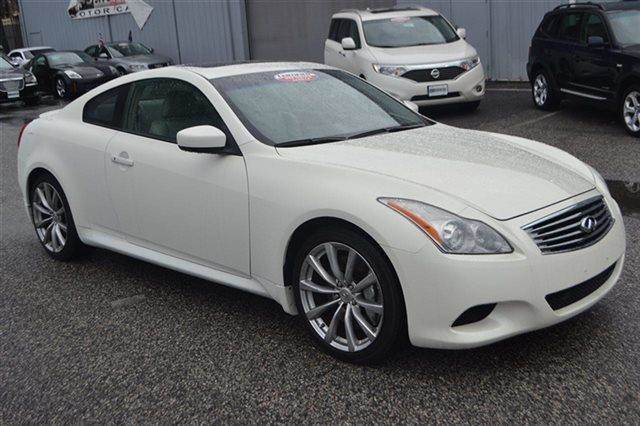 2008 INFINITI G37 SPORT 2DR COUPE white low miles this 2008 infiniti g37 coupe sport will sell