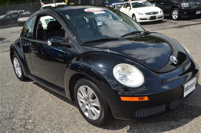 2008 VOLKSWAGEN NEW BEETLE 2DR AUTOMATIC SE PZEV black new arrival this 2008 volkswagen new bee