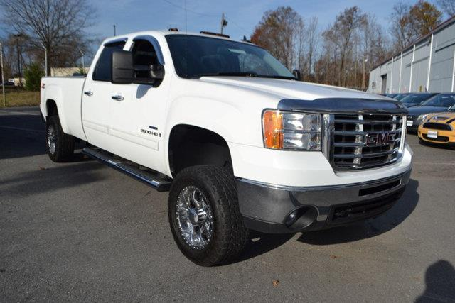 2009 GMC SIERRA 2500HD - white this 2009 gmc sierra 2500hd - features a 66l 8 cylinder turbochar
