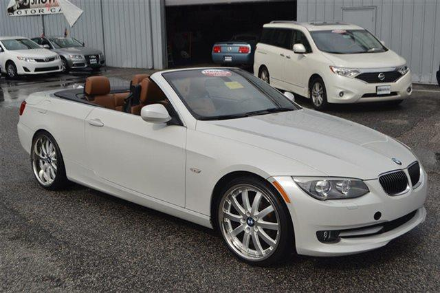 2012 BMW 3 SERIES 328I 2DR CONVERTIBLE white carfax 1-owner low miles this 2012 bmw 3 series