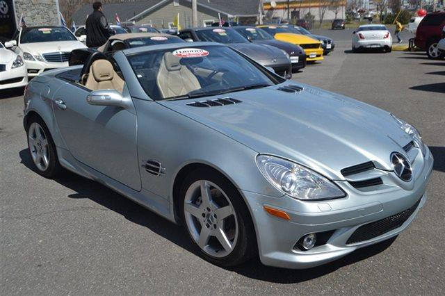 2005 MERCEDES-BENZ SLK-CLASS SLK350 2DR CONVERTIBLE iridium silver metallic keyless start this