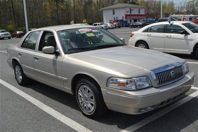 2008 MERCURY GRAND MARQUIS GS 4DR SEDAN silver birch metallic low miles this 2008 mercury gran