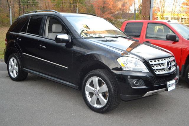 2009 MERCEDES-BENZ M-CLASS ML350 4MATIC AWD 4DR SUV black this 2009 mercedes-benz m-class 4dr ml3