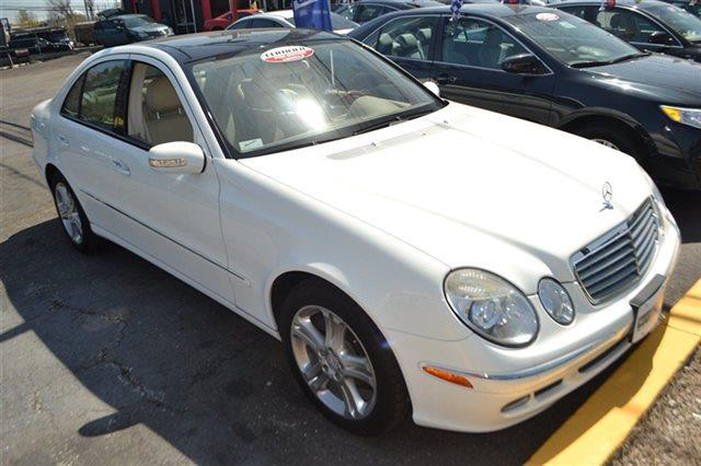 2006 MERCEDES-BENZ E-CLASS E350 4MATIC AWD 4DR SEDAN alabaster white carfax one owner this 200