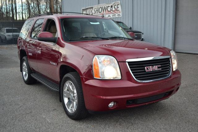 2007 GMC YUKON - red this 2007 gmc yukon - features a 53l 8 cylinder 8cyl gasoline engine it is