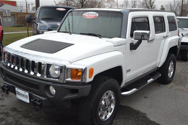 2006 HUMMER H3 BASE 4DR SUV 4WD white priced below market this 2006 hummer h3 4dr 4wd suv awd