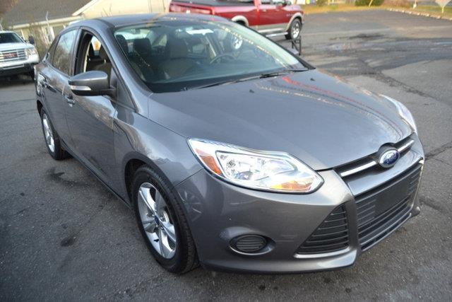 2013 FORD FOCUS SE 4DR SEDAN gray this 2013 ford focus 4dr 4dr sedan se features a 20l 4 cylinde
