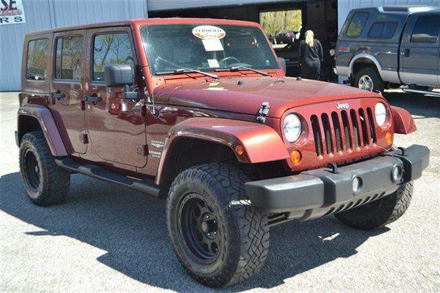 2007 JEEP WRANGLER UNLIMITED SAHARA 4DR SUV 4X4 red rock crystal pearl value priced below market