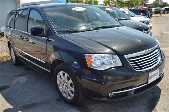 2013 CHRYSLER TOWN AND COUNTRY TOURING 4DR MINI VAN brilliant black crystal pearl warranty a limi