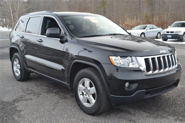 2011 JEEP GRAND CHEROKEE 4WD 4DR LAREDO 4X4 SUV black value priced below market keyless start