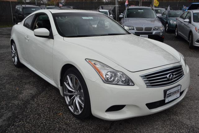 2008 INFINITI G37 SPORT 2DR COUPE white this 2008 infiniti g37 coupe 2dr 2dr features a 37l v6 c