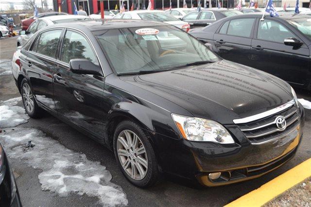 2006 TOYOTA AVALON - SEDAN black low miles this 2006 toyota avalon - sedan will sell fast le