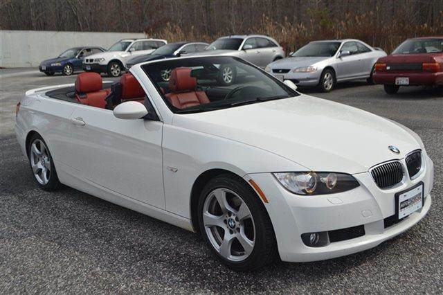 2009 BMW 3 SERIES 328I 2DR CONVERTIBLE SULEV white priced below market this3 series will sell f