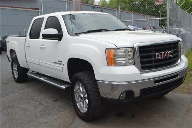 2008 GMC SIERRA 2500HD - 4X4 TRUCK summit white this 2008 gmc sierra 2500hd slt will sell fast -4