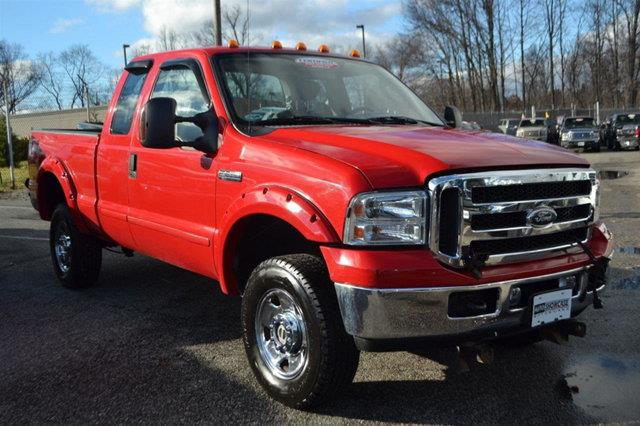 2006 FORD F-250 SUPER DUTY XLT red this 2006 ford super duty f-250 2dr xlt features a 54l 8 cyli