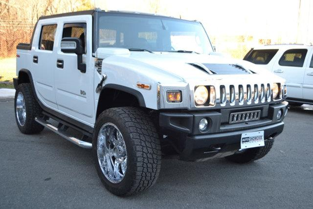 2006 HUMMER H2 SUT BASE 4DR CREW CAB 4WD SB white this 2006 hummer h2 4dr 4dr wagon 4wd sut featu