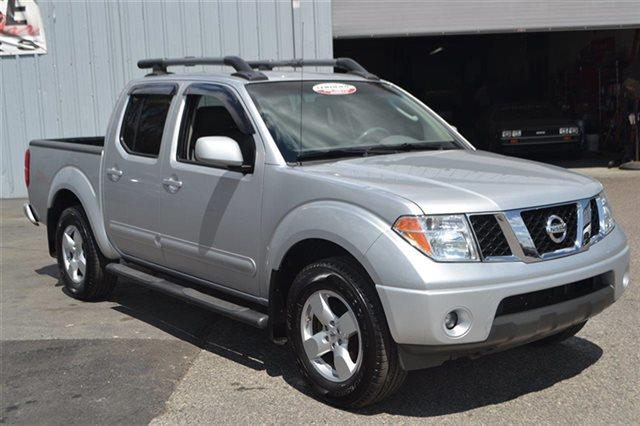 2008 NISSAN FRONTIER - AWD TRUCK radiant silver priced below market this 2