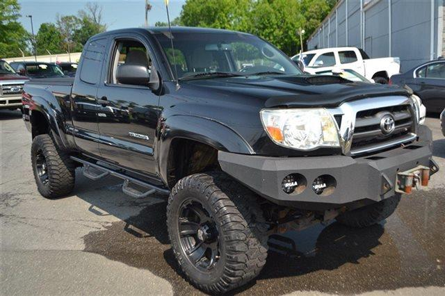 2009 TOYOTA TACOMA BASE 4X4 4DR ACCESS CAB 61 FT black sand pearl value priced below market