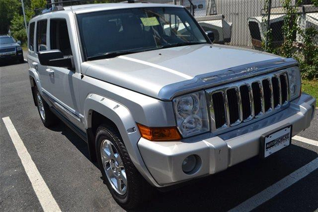 2007 JEEP COMMANDER LIMITED 4DR SUV 4WD bright silver metallic new arrival this 2007 jeep comma