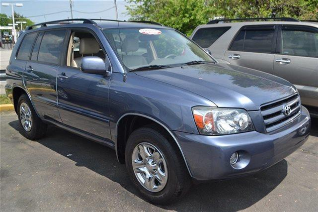 2007 TOYOTA HIGHLANDER BASE 4DR SUV I4 bluestone metallic this 2007 toyota highlander 2wd 4dr 4-c