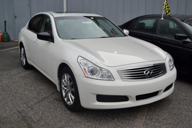 2009 INFINITI G37 SEDAN - white this 2009 infiniti g37 sedan 4dr - features a 37l v6 cylinder 6c