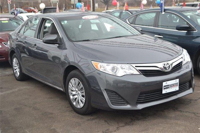 2012 TOYOTA CAMRY 4DR SEDAN I4 AUTOMATIC LE SEDAN gray value priced below ma