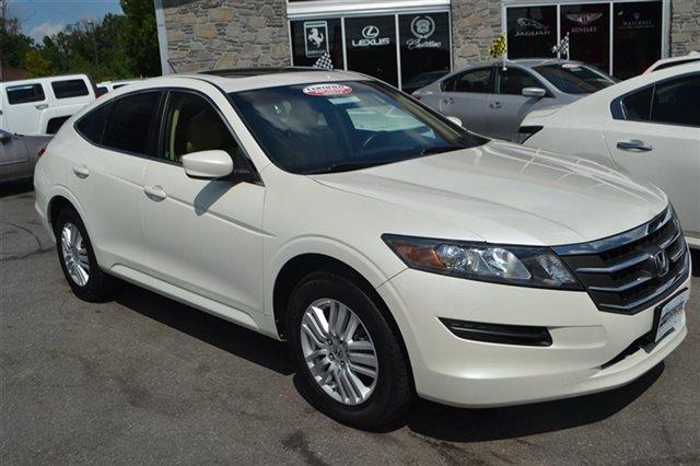 2012 HONDA CROSSTOUR 2WD I4 5DR EX-L white diamond pearl new arrival this 2012 honda crosstour