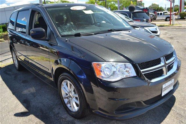 2014 DODGE GRAND CARAVAN SXT 4DR MINI VAN brilliant black crystal pearlc this 2014 dodge grand c