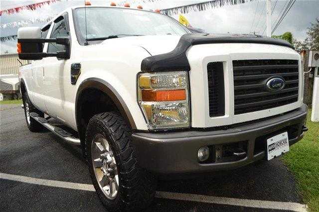 2008 FORD F-250 SUPER DUTY - 4X4 TRUCK white low miles this 2008 ford super duty f-250 srw - 4