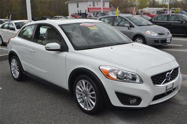 2012 VOLVO C30 T5 2DR HATCHBACK cosmic white metallic priced below market bluetooth auto cli