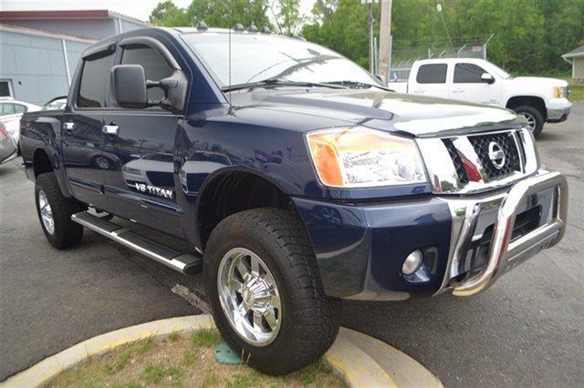 2012 NISSAN TITAN 4WD CREW CAB SWB SV 4X4 TRUCK navy blue value priced below market keyless st