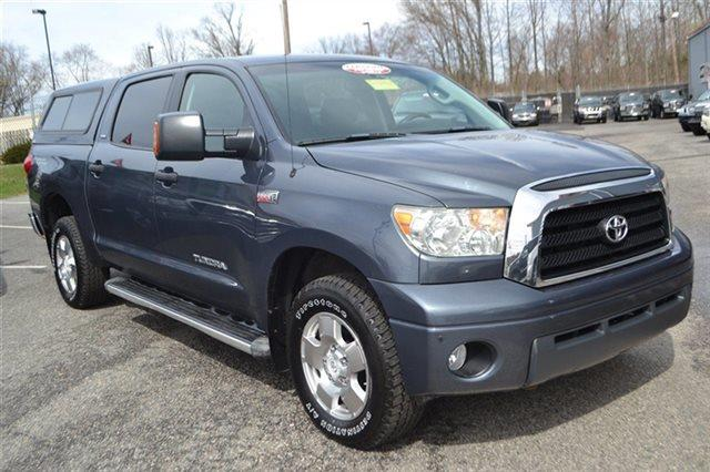 2007 TOYOTA TUNDRA SR5 4DR CREWMAX CAB 4X4 SB 57L nautical blue metallic low miles this 2007